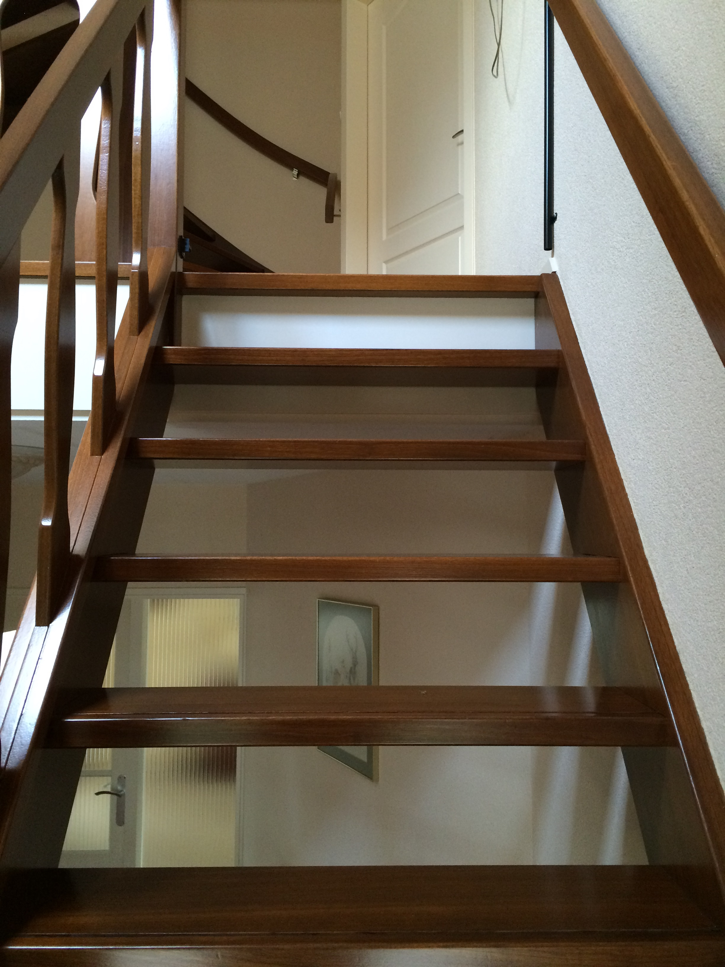 houten trap lakken schildersbedrijf hummel On hardhouten trap lakken