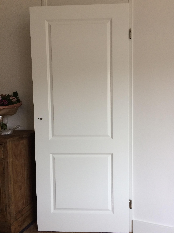Spuiten woonkamer deuren | Schildersbedrijf Hummel